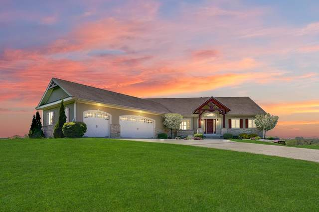 357 Perry Center Rd, Perry, WI 53572 (#1908455) :: HomeTeam4u