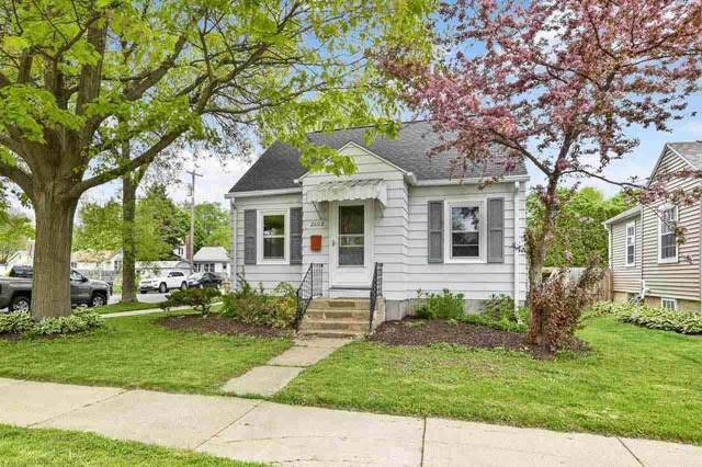 2602 Commercial Ave, Madison, WI 53704 (#1908977) :: Nicole Charles & Associates, Inc.
