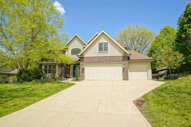 3090 Barrington Hills Ct, Fitchburg, WI 53711 (#1908979) :: Nicole Charles & Associates, Inc.