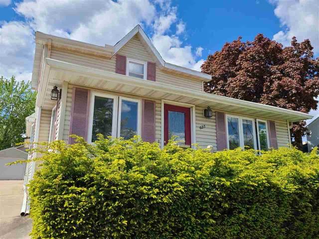 623 E Cook St, Portage, WI 53901 (#1909242) :: Nicole Charles & Associates, Inc.