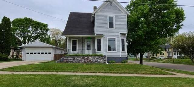 1321 Laurel Ave, Janesville, WI 53548 (#1909258) :: Nicole Charles & Associates, Inc.