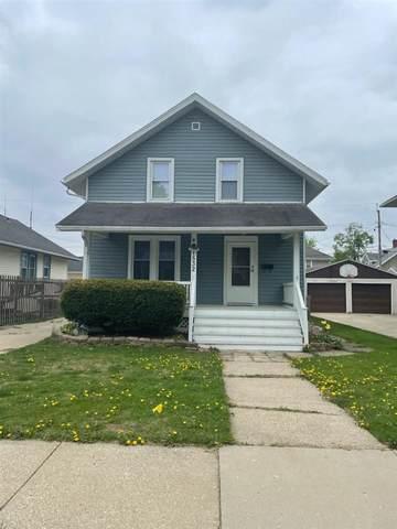 1532 Vista Ave, Janesville, WI 53545 (#1909288) :: Nicole Charles & Associates, Inc.