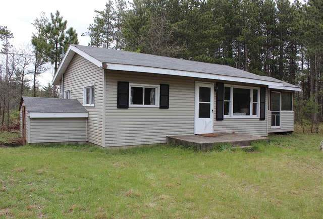 1360 10th Ave, Preston, WI 53934 (#1909329) :: Nicole Charles & Associates, Inc.