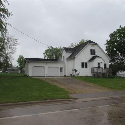 815 W County Road E, Livingston, WI 53554 (#1909565) :: RE/MAX Shine