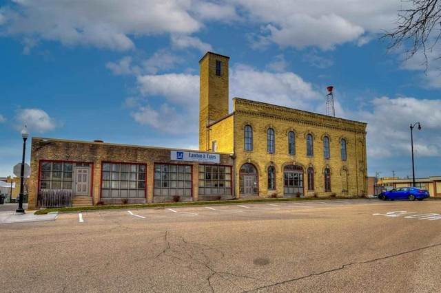 146-148 E Milwaukee St, Jefferson, WI 53549 (#1909711) :: Nicole Charles & Associates, Inc.