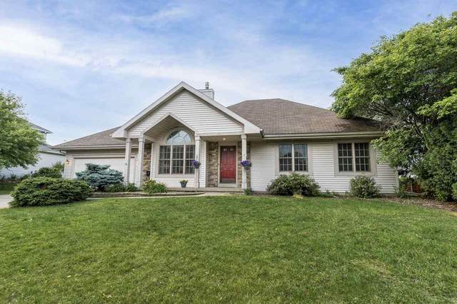 3825 Country Grove Dr, Madison, WI 53719 (#1909725) :: Nicole Charles & Associates, Inc.
