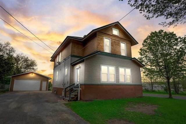 423 Fargo St, Lake Mills, WI 53551 (#1909787) :: HomeTeam4u