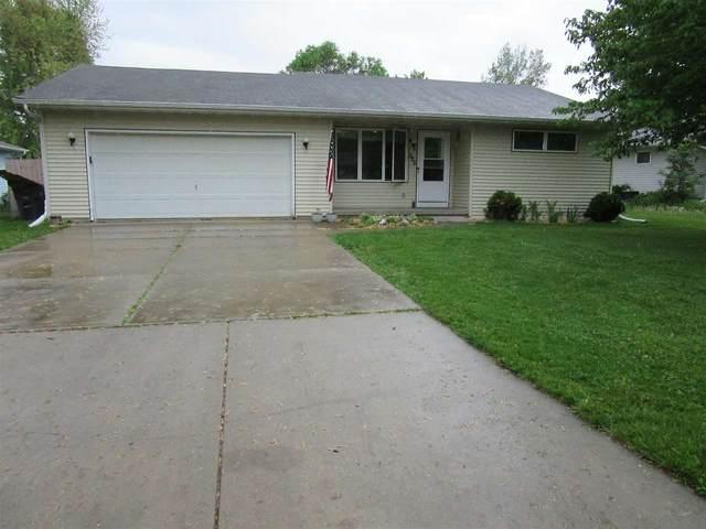 525 Greenview Dr, Evansville, WI 53536 (#1909827) :: HomeTeam4u