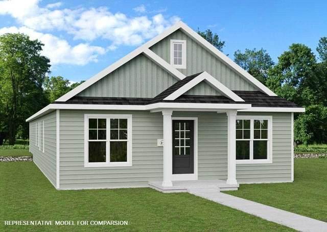 401 N Division St, Waunakee, WI 53597 (#1910261) :: HomeTeam4u