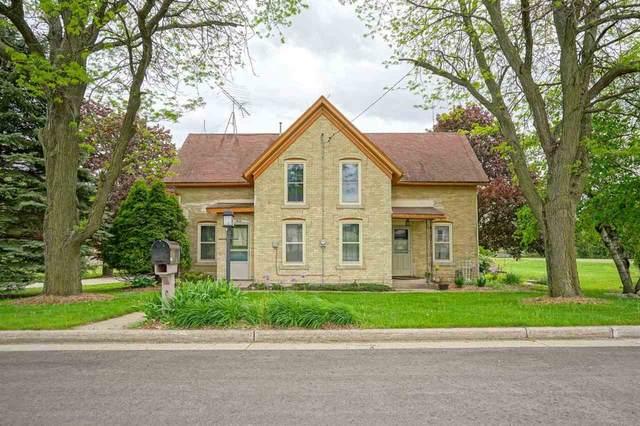 N606 County Road M, Emmet, WI 53098 (#1910280) :: Nicole Charles & Associates, Inc.