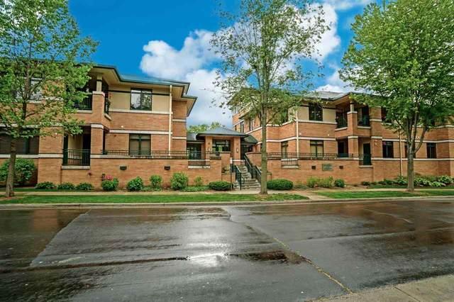 6767 Frank Lloyd Wright Ave, Middleton, WI 53562 (#1910423) :: Nicole Charles & Associates, Inc.