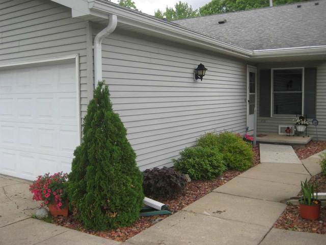 511 Griswold St, Ripon, WI 54971 (#1910443) :: Nicole Charles & Associates, Inc.