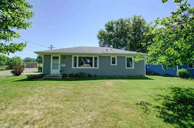 5000 Shore Acres Rd, Monona, WI 53716 (#1910851) :: HomeTeam4u