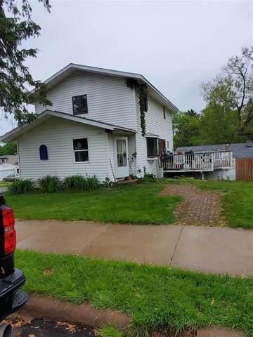 231 N 9th Ave, Wausau, WI 54401 (#1910906) :: HomeTeam4u