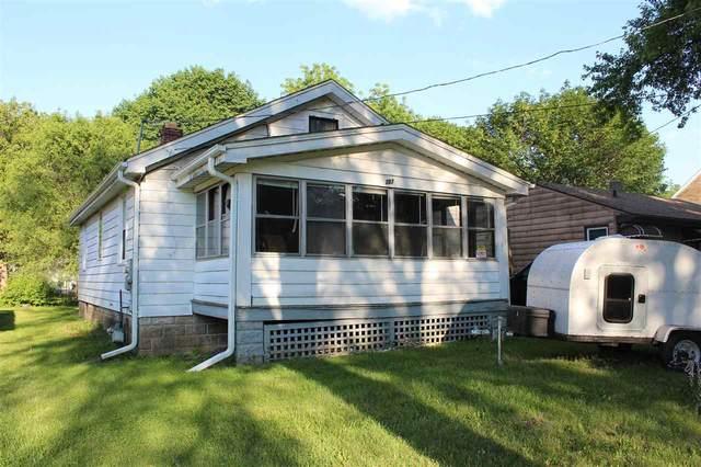 207 Bayliss Ave, Rockford, IL 61102 (#1911017) :: Nicole Charles & Associates, Inc.