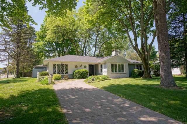 5701 Barton Rd, Madison, WI 53711 (#1911024) :: HomeTeam4u