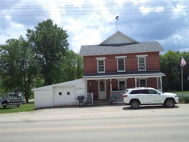 11019 County Road F, Fayette, WI 53530 (#1911237) :: Nicole Charles & Associates, Inc.