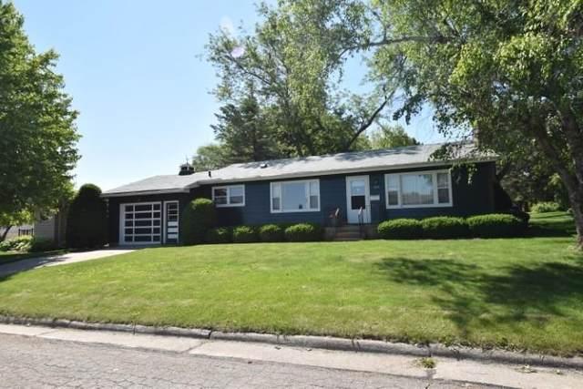 613 W Merrimac St, Dodgeville, WI 53533 (#1911304) :: HomeTeam4u