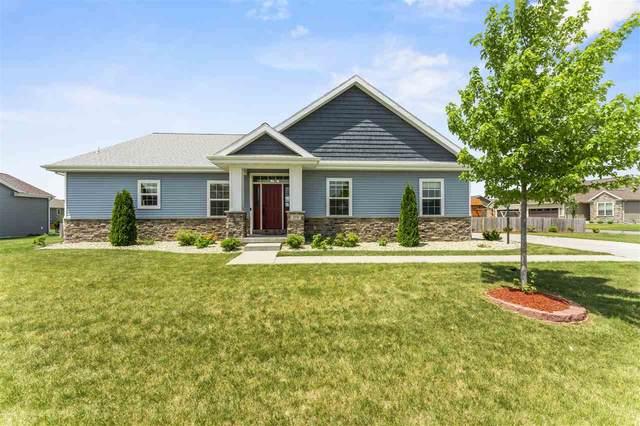 378 Bella Way, Sun Prairie, WI 53590 (#1911492) :: HomeTeam4u