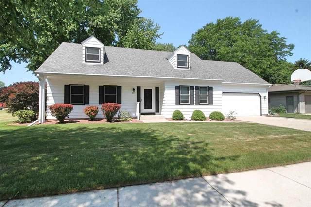811 N Wright Rd, Janesville, WI 53546 (#1911511) :: Nicole Charles & Associates, Inc.