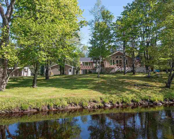 4671 River Bend Rd, Pelican, WI 54501 (#1911512) :: HomeTeam4u