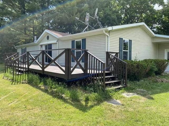 W9783 Spring Rd., Fox Lake, WI 53933 (#1911517) :: Nicole Charles & Associates, Inc.