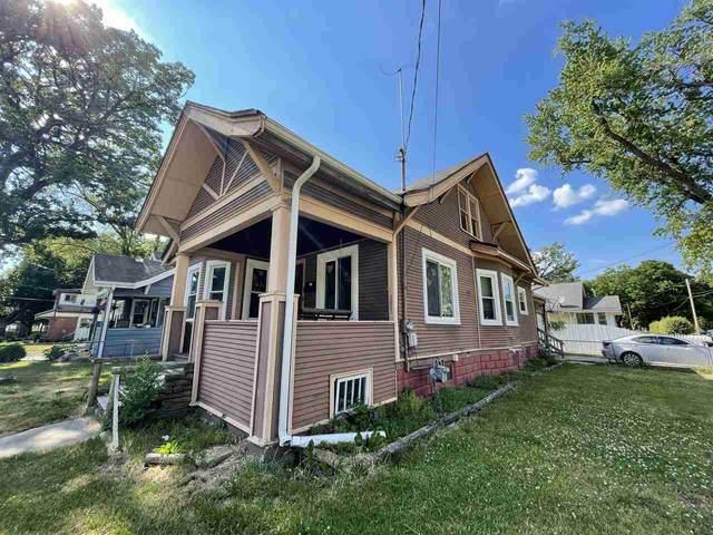 1629 White Ave, Beloit, WI 53511 (#1911661) :: HomeTeam4u