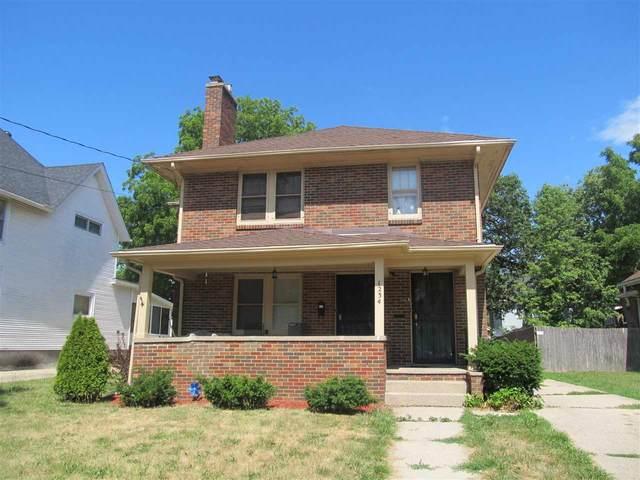 1234 Central Ave, Beloit, WI 53511 (#1911951) :: Nicole Charles & Associates, Inc.