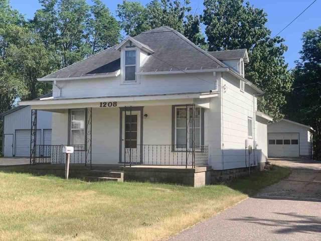1208 E Main St, Reedsburg, WI 53959 (#1911964) :: Nicole Charles & Associates, Inc.