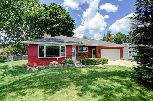 549 N Main St, Cottage Grove, WI 53527 (#1912000) :: HomeTeam4u