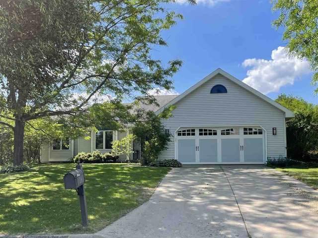 18 Autumnwood Cir, Madison, WI 53719 (#1912049) :: HomeTeam4u