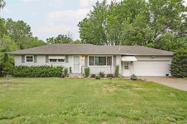 1646 Lake View Ave, Madison, WI 53704 (#1912055) :: Nicole Charles & Associates, Inc.