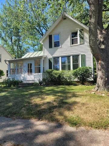 228 7th Ave, Baraboo, WI 53913 (#1912358) :: Nicole Charles & Associates, Inc.