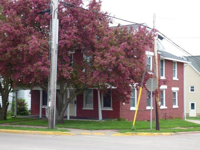 95 W Pine St, Platteville, WI 53818 (#1912696) :: Nicole Charles & Associates, Inc.