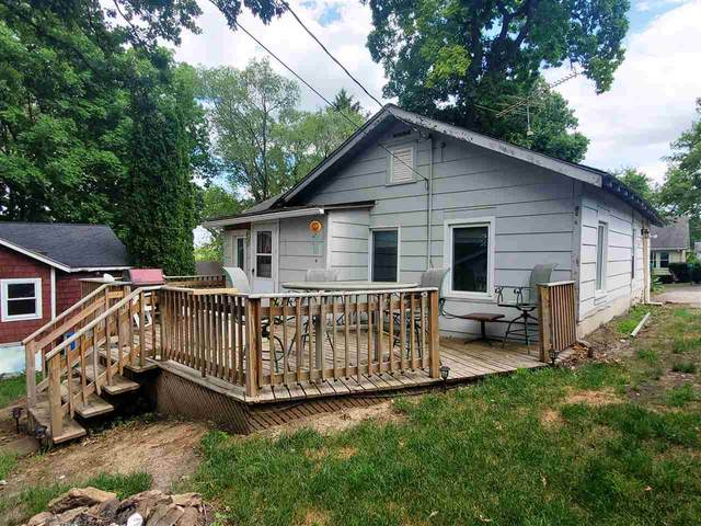 100 Forest Ave, Albion, WI 53534 (#1912745) :: HomeTeam4u