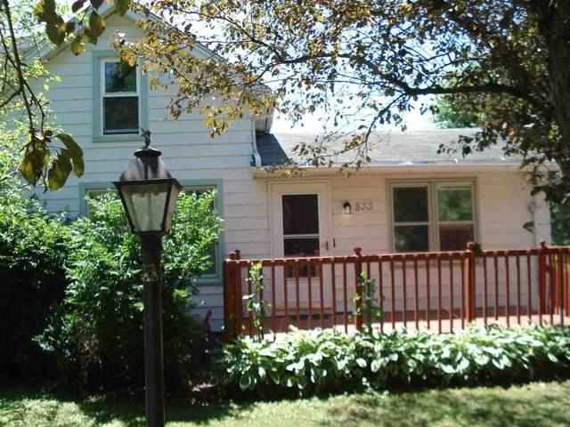 833 Burr Oak Ln, Madison, WI 53704 (#1913353) :: HomeTeam4u