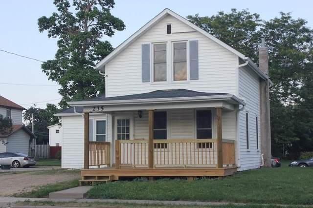235 N Chestnut St, Platteville, WI 53818 (#1913540) :: Nicole Charles & Associates, Inc.