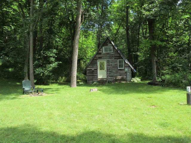 3040 E Bohland Hollow Rd, Sterling, WI 54624 (#1913589) :: RE/MAX Shine