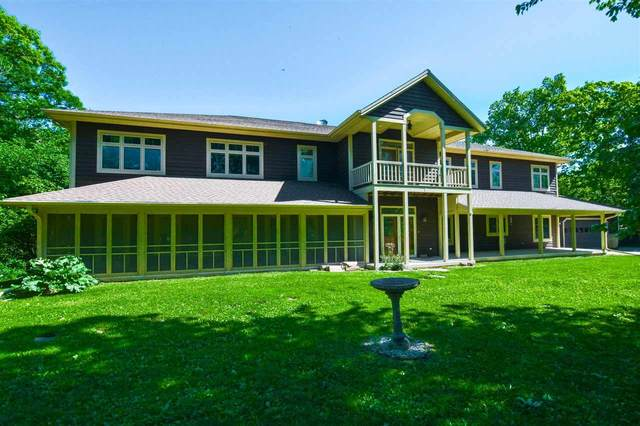 W1484 Spring Grove Rd, Green Lake, WI 54971 (#1914333) :: HomeTeam4u