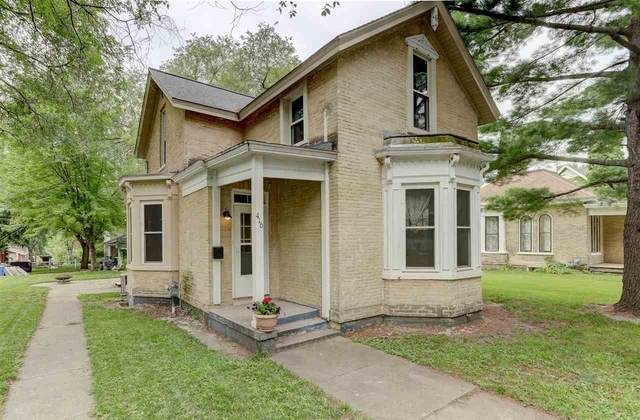 416 W Cook St, Portage, WI 53901 (#1914548) :: Nicole Charles & Associates, Inc.