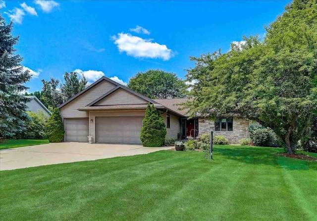 1301 Manchester East, Waunakee, WI 53597 (#1914890) :: RE/MAX Shine