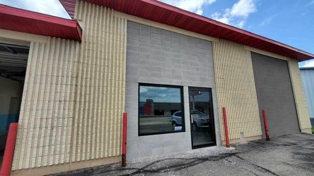 1025 4th Ave W, Monroe, WI 53566 (#1914995) :: Nicole Charles & Associates, Inc.