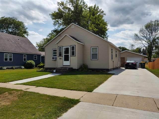 1522 Wisconsin Ave, Boscobel, WI 53805 (#1915004) :: RE/MAX Shine