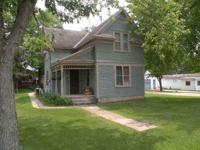 608 S Farmer St, Princeton, WI 54968 (#1915068) :: Nicole Charles & Associates, Inc.