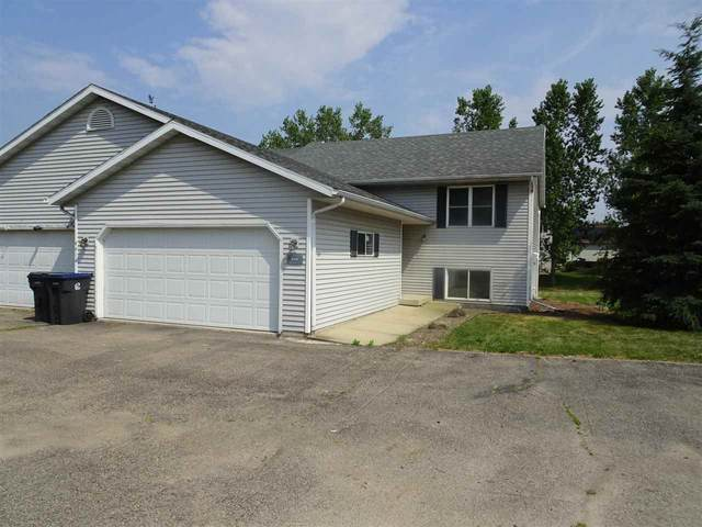 4410 Gray Rd, Windsor, WI 53532 (#1915318) :: RE/MAX Shine
