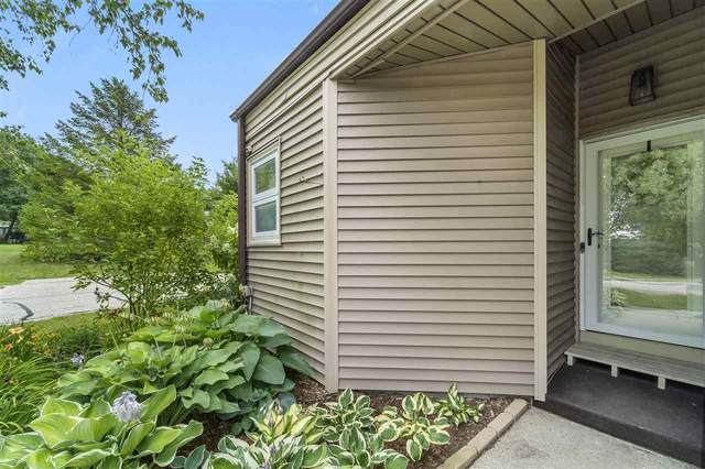 6906 Harvest Hill Rd, Madison, WI 53717 (#1915380) :: RE/MAX Shine