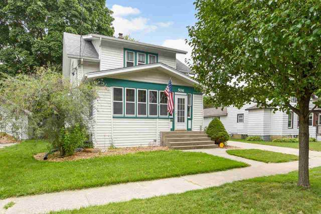 506 Grant St, Fort Atkinson, WI 53538 (#1915396) :: RE/MAX Shine