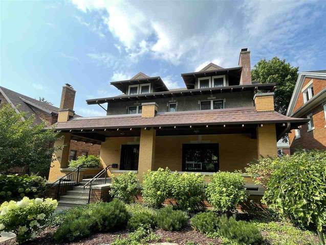 1919 8th St, Monroe, WI 53566 (#1915420) :: Nicole Charles & Associates, Inc.