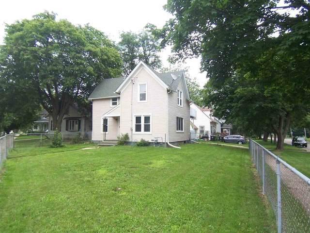 1105 Central Ave., Beloit, WI 53511 (#1915441) :: Nicole Charles & Associates, Inc.