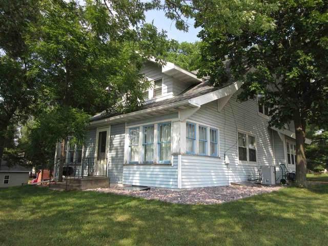 126A Wisconsin Dells Pky, Lake Delton, WI 53965 (#1915677) :: Nicole Charles & Associates, Inc.